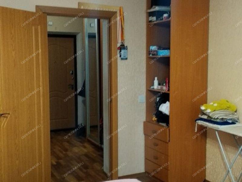 трёхкомнатная квартира на улице Академика Сахарова дом 103