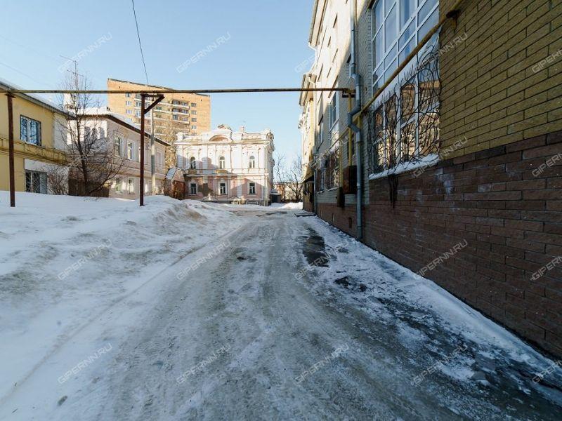 парковочное место в переулке Крутой
