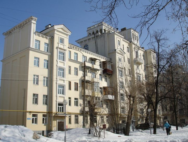 10 жилых домов в Нижнем Новгороде с самыми высокими потолками